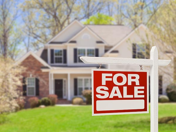 A house for sale by using the services of a Real Estate Attorney